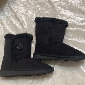 US's Sports Black Faux Fur Lined Boots Side Button